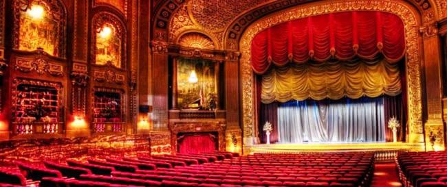 Где купить билеты в театр со скидкой в Москве и Санкт-Петербурге