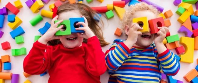 Где купить развивающие игрушки для малыша до 1 года?