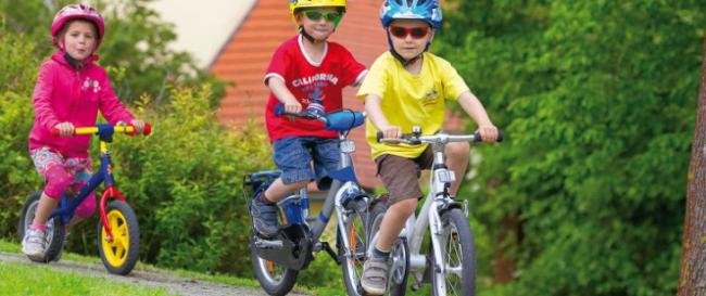 Выбираем транспорт для детей от двух лет