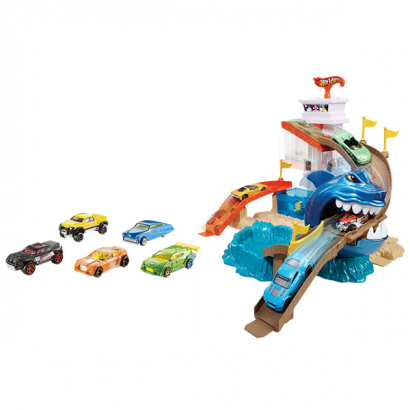 "Hot Wheels Игровой набор ""Атака акулы"""